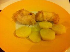 Ingredienti per 4 persone 8 fette di petto di pollo 1 kg di zucca olio extravergine di oliva ½ cipolla 2 patate di media grandezza sale