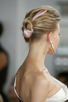 2014 pink and blonde multi-colored hair, back bun bridal hair.