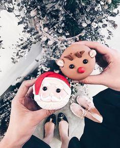 ⛄️ Bella Montreal ⛄️ Insta: bella.montreal || Pinterest & WeHeartIt: bella4549 || Winter Christmas, Christmas Time Is Here, Merry Little Christmas, Christmas 2017, Xmas, Reindeer Cupcakes, Christmas Cupcakes, Christmas Treats, Christmas Decorations