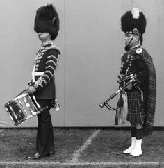 Canadian Guards 1966,  #0494 Canadian Army, British Army, Royal Stewart Tartan, Armies, Commonwealth, Drums, Punk, Military, Percussion