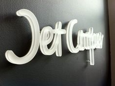 I love this Jet Cooper dimensional type. http://www.logodesignlove.com/artsigns