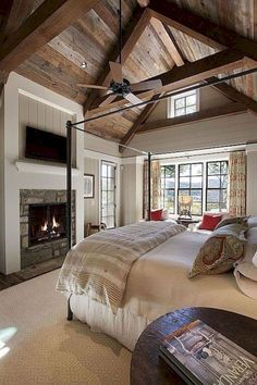 Beautiful Farmhouse Master Bedroom Ideas (14)