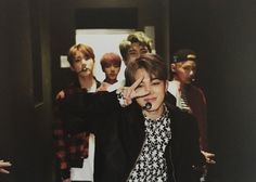 Find images and videos about kpop, bts and jungkook on We Heart It - the app to get lost in what you love. Bts Boys, Bts Bangtan Boy, Bts Jimin, Namjoon, Taehyung, Bts Photo, Foto Bts, K Pop, Bts Cute
