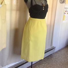 Vintage Polyester Pencil Skirt With Pockets Gorgeous structured vintage pencil skirt with pockets. Elastic waist band, lots of stretch in this one! Rockabilly style. Vintage Skirts Pencil