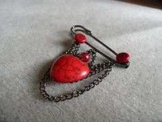 Red and Black Heart Kilt Pin £6.50