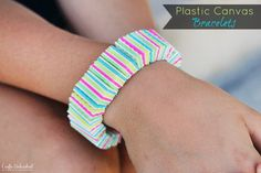 How-to: Plastic Canvas DIY Bracelets! An easy, cheap & fast jewelry tutorial with lots of photos! Easy Diy Crafts, Crafts To Do, Diy Crafts For Kids, Craft Ideas, Diy Ideas, Plant Crafts, Kids Diy, Preschool Crafts, Project Ideas