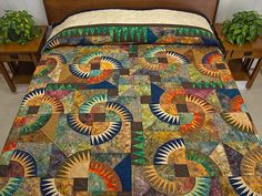 Amanda Quilt. Wow! Dolores Yoder's variation of a design by Gayle Wallace.