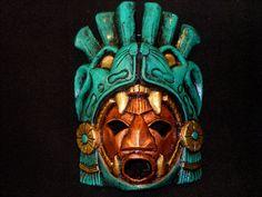 Gran guerrero azteca Máscara de piedra Jaguar Calendario Maya mexicana Arte Maya interesante manera de interrumpir el jaguar en la máscara. enmarcando la cara.