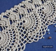 MyPicot is always looking for excellence and intends to be the most authentic, creative, and innovative advanced crochet laboratory in the world. Crochet Stitches Patterns, Thread Crochet, Filet Crochet, Diy Crochet, Stitch Patterns, Stitch Design, Craft Kits, Tatting, Crochet Earrings