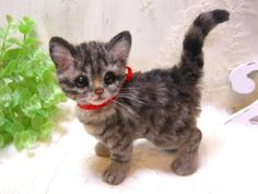 Needle felted kitten sold for $675 on Yahoo Auctions Japan.