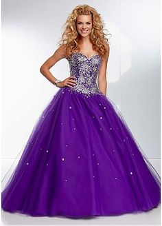 I hate purple so if this was in a different color I would soooo wear this! it's gorgeous though!