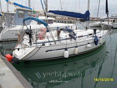 Bavaria 36 del 2004  Dimensioni: 10.96 mt x 3.60 mt  Motori: 1 x 30 HP Diesel Volvo penta   #Bavaria #Bavaria36 #BarcheUsate #Sail #Sailing #BavariaSail
