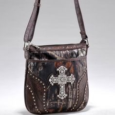 http://www.fashlets.com/Messenger-Cross-Body-Purse/Mossy-Oak-camouflage-messenger-crossbody-bag-rhinestone-cross-TP-MT1-53339-MO-CF.html#