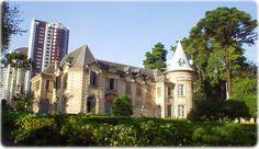 Castelo do Batel - Linhas da arquitetura francesa, no bairro do Batel, em Curitiba. Construído na década de 1920 pelo cafeicultor Luiz Guima...