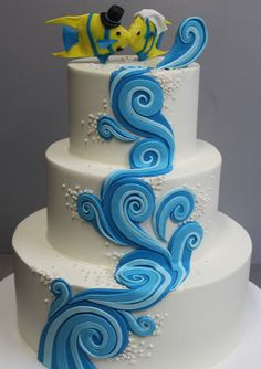 Not so much the fish on top. Themed Wedding Cakes, Themed Cakes, Gorgeous Cakes, Amazing Cakes, Cake Icing, Cupcake Cakes, Fountain Wedding Cakes, Different Types Of Cakes, Shark Cake
