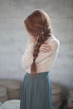 26 Insanely Popular Braids For Long Hair Girl with a long side braid Sporty Hairstyles, Side Braid Hairstyles, Trending Hairstyles, French Braid Ponytail, Braided Updo, Rose Braid, Braids With Shaved Sides, Bohemian Braids, Natural Hair Styles