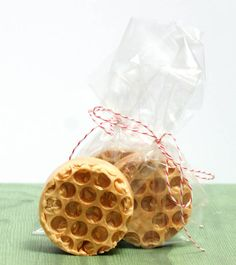 This homemade honeycomb soap recipe is so easy to make and includes bee pollen praised for its soothing skin properties. Makes a thoughtful homemade Mother's Day gift idea!