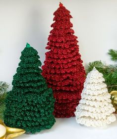 Easy Homesteading: Free Crochet Christmas Ruffle Fir Tree Pattern + Tutorial