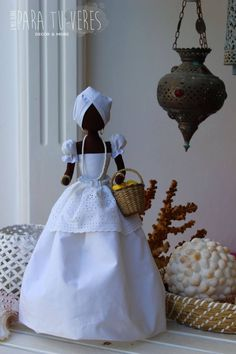 1 million+ Stunning Free Images to Use Anywhere Jute Crafts, Diy Arts And Crafts, African Crafts, Paper Mache Clay, African Dolls, Newspaper Crafts, Fairy Dolls, Diy Doll, Stuffed Toys Patterns