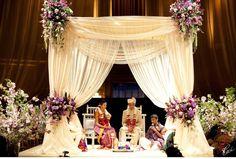 Actress Reshma Shetty& Grand New York Wedding - Inside Weddings Wedding Ceremony Ideas, Wedding Mandap, Wedding Stage, New York Wedding, Dream Wedding, Wedding Photos, Luxury Wedding Decor, Indian Wedding Decorations, Art Deco Wedding