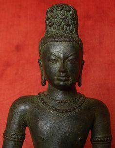 MAGNIFICENT 12TH CENTURY KEDIRI BRONZE OF A BODHISATTVA 12th Century, Buddhism, Bronze, Statue, Antiques, Vintage, Art, Antiquities, Art Background