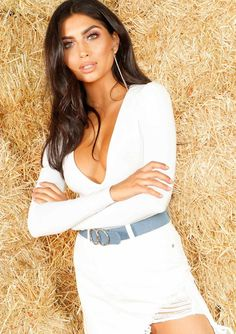 5d0f8156a5 Missyempire - Nicole White Long Sleeve Plunge Bodysuit Plunge Bodysuit