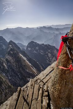 Mount Huashan, China Is One Of The Most Dangerous, Terrifying Hikes In The World