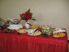 red table -buffet