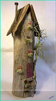 Treibholz-Haus-Kunst Miniaturfee-Haus The post Treibholz-Haus-Kunst Miniaturfee-Haus appeared first on WMN Diy. Treibholz-Haus-Kunst Miniaturfee-Haus The post Treibholz-Haus-Kunst Miniaturfee-Haus appeared first on WMN Diy. Diy Home Crafts, Garden Crafts, Garden Art, Rock Crafts, Homemade Crafts, Garden Types, Garden Beds, Painted Driftwood, Driftwood Art