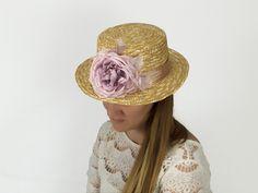 Canotier de paja copa 9cm. Lo personalizas tú¡¡¡ Una o dos flores, colores..... disponible en la web.
