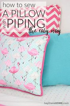 Seriously the easiest and really clear explanation of how to sew a pillow cover with piping around the edges. Site also links to great places to buy fabric online. - Diy for Home Decor Easy Sewing Projects, Sewing Projects For Beginners, Sewing Hacks, Sewing Tutorials, Sewing Crafts, Sewing Tips, Sewing Ideas, Sewing Basics, Crafts To Sew