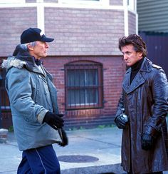 Clint Eastwood and Sean Penn on the set ofMystic River(2003)