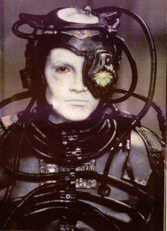 Star Trek Borg, Hue