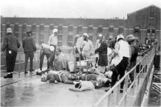 On September 9, 1971 around 8:30 AM, the 1300 prisoners in the Attica Prison, fed up with the poor living facilities, took over the prison taking 40 guards hostage.
