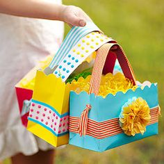 Paper Easter Baskets! Just what you need.