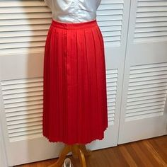 Banana Republic Skirts | Banana Republic Cherry Red Knife Pleat Midi Skirt | Poshmark Knife Pleated Skirt, Pleated Midi Skirt, Cherry Red, Banana Republic, Size 10, Ootd, Skirts, Things To Sell, Color