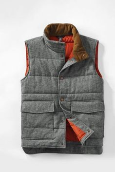 Grey teed quilted vest.