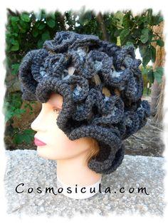 Hyperbolic crochet hat for woman
