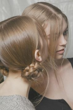 Backstage at Marc Jacobs fall 2012-13