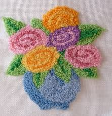 brazilian embroidery new designs Punch Needle Kits, Punch Needle Patterns, Embroidery Stitches Tutorial, Hand Embroidery Patterns, Latch Hook Rugs, Hand Hooked Rugs, Craft Punches, Brazilian Embroidery, Wool Applique