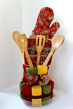Diy Dish Towel Cake...a Bridal Shower Gift....or Do With Holiday Towels Etc. For A Cute Christmas Gift.