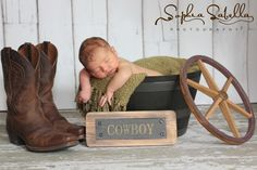i like the sign! Western Baby Pictures, Baby Boy Photos, Newborn Pictures, Newborn Poses, Baby Boy Newborn, Newborn Shoot, Newborn Care, Newborns, Baby Boys