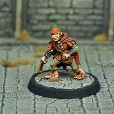 DAD12 – Male Halfling Thief | Otherworld Miniatures