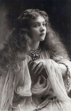 antique-royals:  Miss Maud Fealy