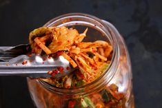 This kimchi recipe, made with napa cabbage, is a staple side dish in Korea and is delicious in kimchi stew and stir-fried rice. Kimchi is a traditional Korean dish of fermented vegetables, the most common of which are napa cabbage and daikon radish. Asian Recipes, New Recipes, Cooking Recipes, Healthy Recipes, Ethnic Recipes, Delicious Recipes, Tasty, Napa Cabbage, Chinese Cabbage