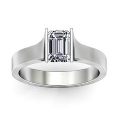 emerald cut ring.. I am so in love with this!