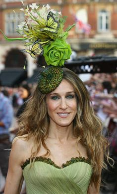 Sarah Jessica Parker in a Treacy hat for the London premier of the Sex and the City movie.