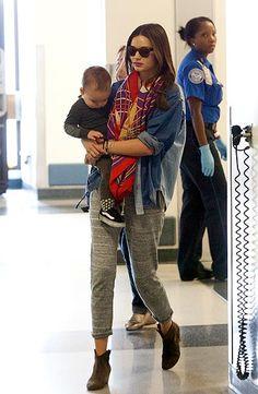 Doutzen Kroes y Miranda Kerr, con sus hijos