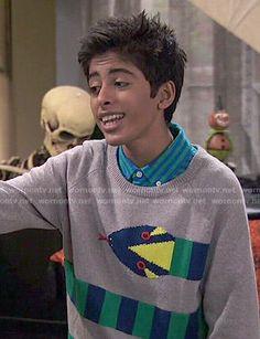 Ravi's snake sweater on Jessie Jessie Actors, Jessie Emma, Snake Sweater, Karan Brar, Gamer's Guide, Wattpad, Disney Channel, Pretty Boys