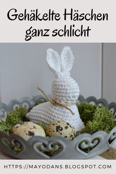Simple crochet bunnies - Crocheted bunnies quite simply as a decoration for spring and Easter - Sweater Knitting Patterns, Free Knitting, Crochet Patterns, Easter Crochet, Crochet Bunny, Crochet Projects, Sewing Projects, Kiwi And Banana, Crochet Simple